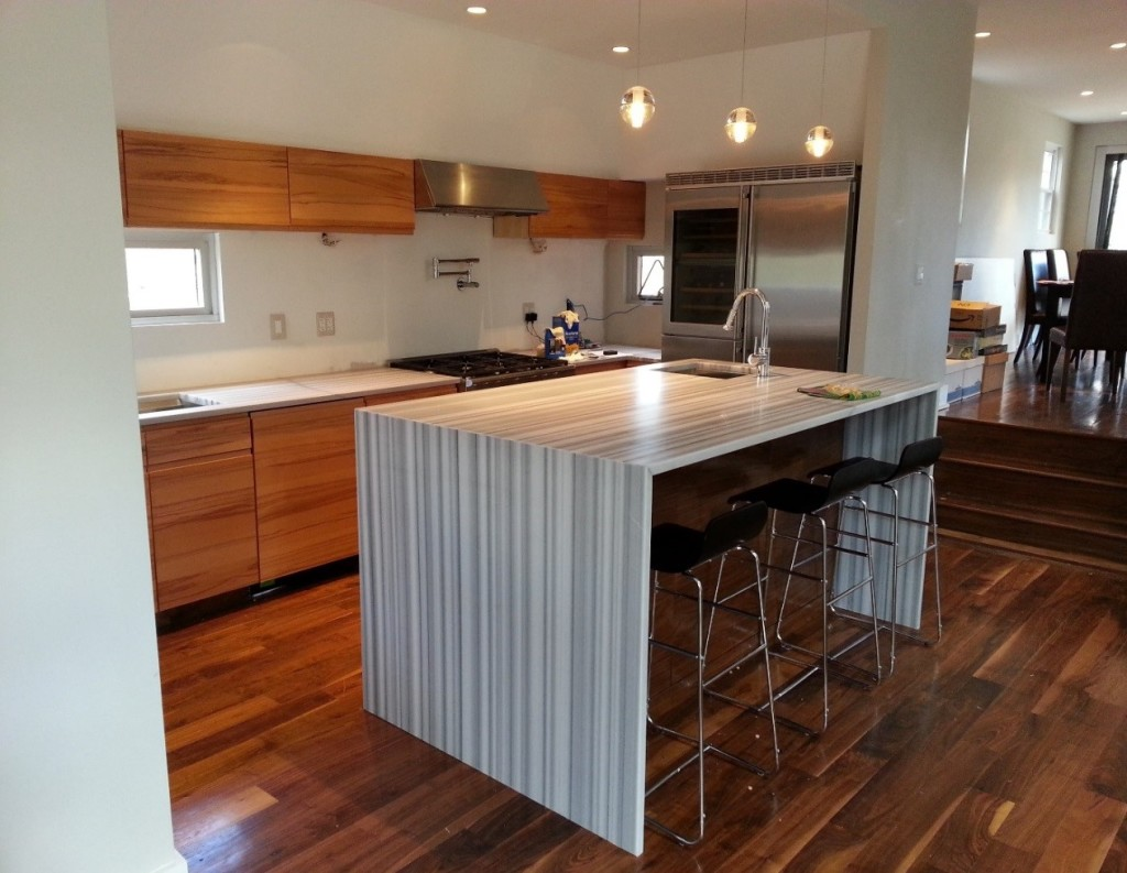 Small space big style no problem marblex design for Show kitchen islands